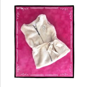 Just Fab Girls Ivory Faux Fur Vest (5)